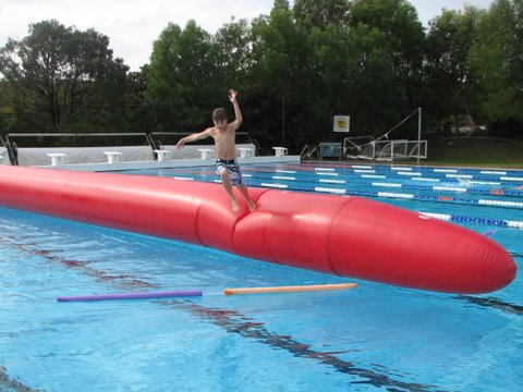 Weekend fun at the Noosa public pool