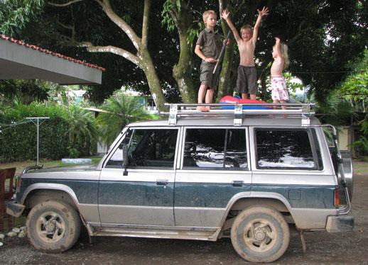 Real Costa Rica get a car