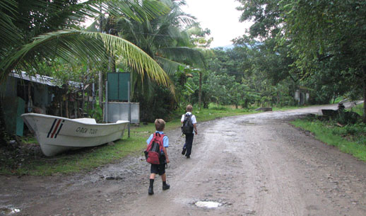see the real costa rica school