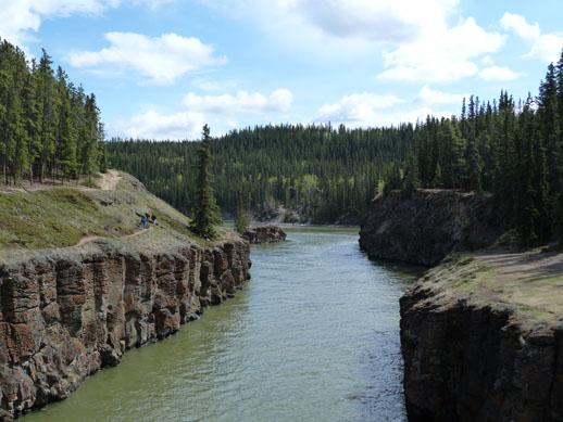 Miles Canyon - Yukon River Loop Hike