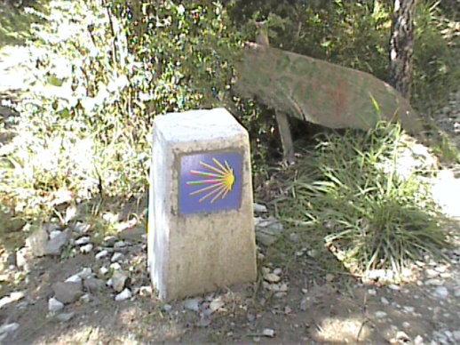 camino-de-santiago-walk-spain-signpost