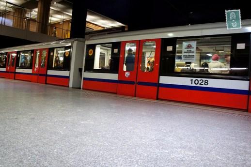 warsaw-travel-tips-subway