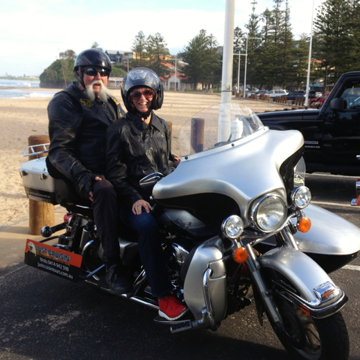 Wollongong travel tips - Just cruisin steve and annabel candy 2