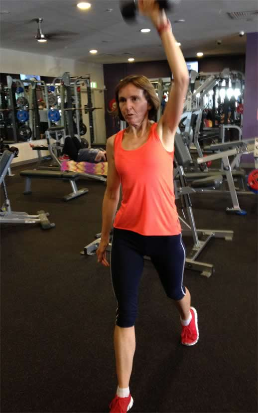 Lunges with 9kg weight: no fun