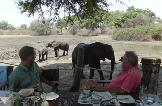 Kanga camp mana pools lunch