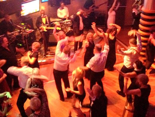 Queen Mary 2 G32 nightclub