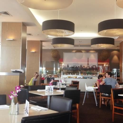 sofitel gold coast breakfast asian Bistro on 3
