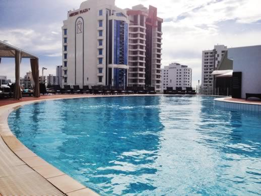 sofitel gold coast pool