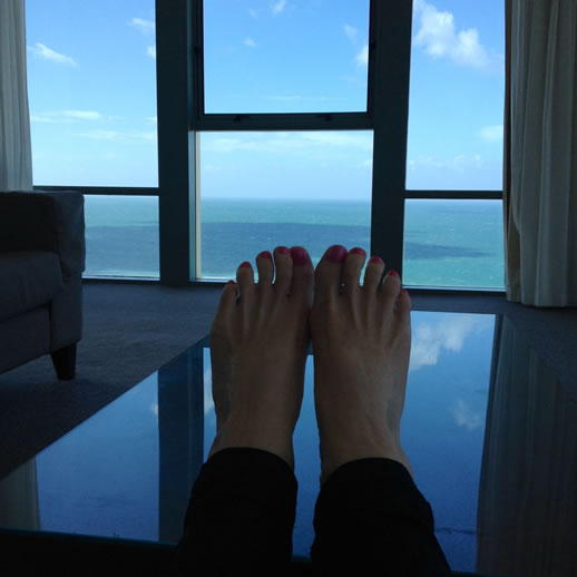 mantra sun city feet up