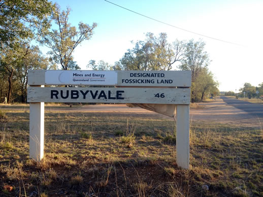 rubyvale fossicking sign