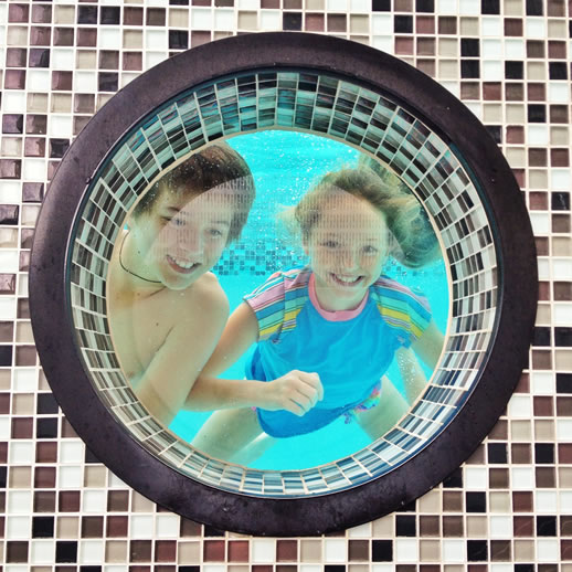 rumba resort caloundra pool porthole