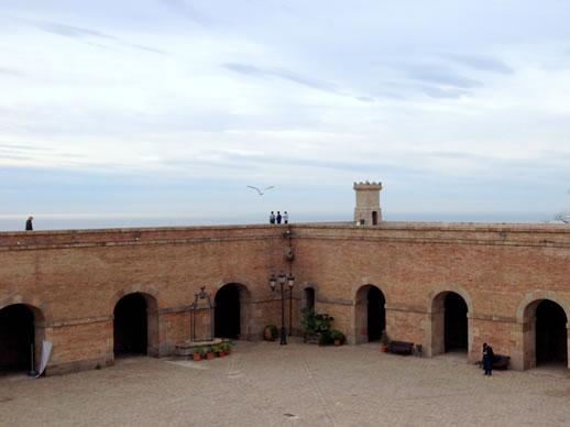 barcelona history castle