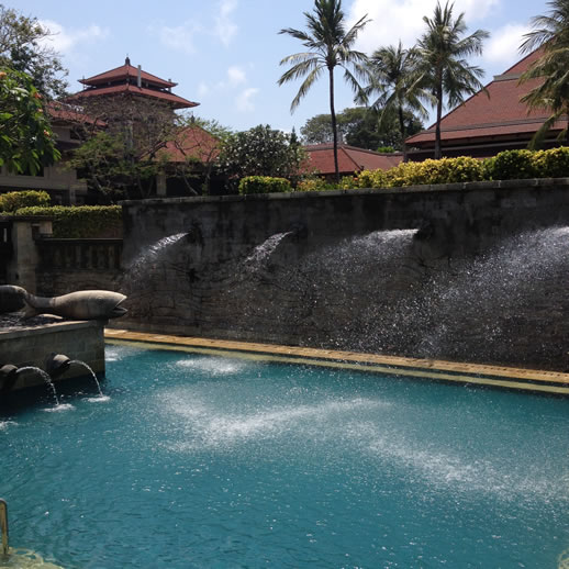bali intercontinental splash pool
