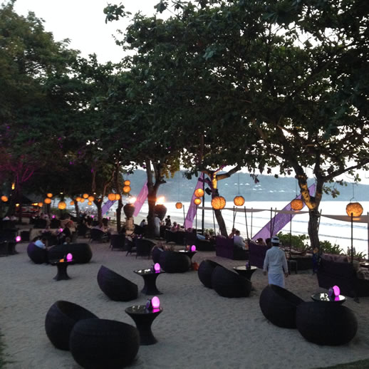 bali intercontinental sunset bar 2