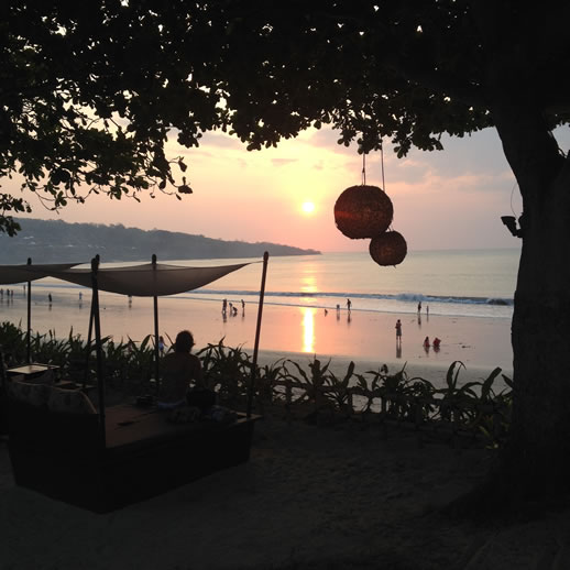 bali intercontinental sunset bar 3