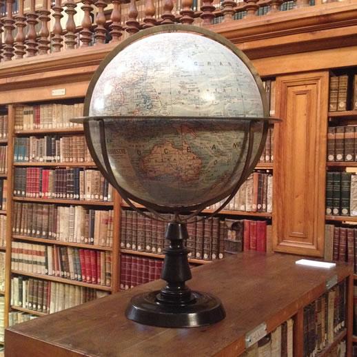 monserrat globe