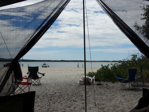 rainbow-beach-camping-2