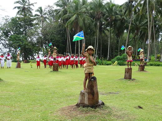 things-to-do-in-honiara-polynesian-village-kids