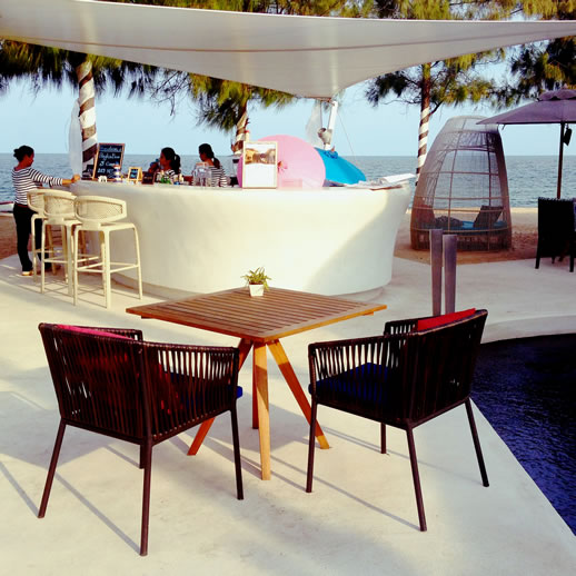 sofitel-hua-hin-beach-bar