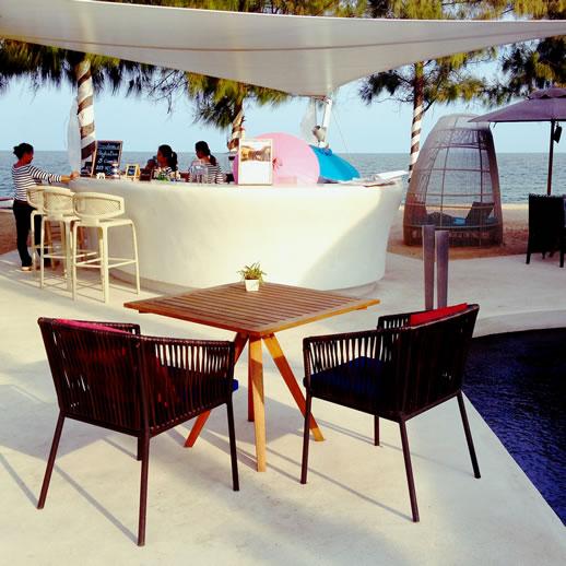 sofitel-hua-hin-beach-bar