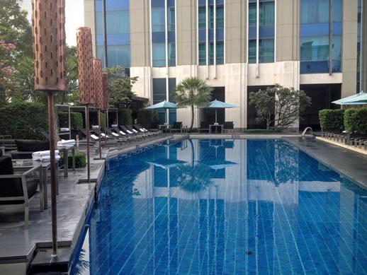 sofitel-sukhumvit-bangkok-pool