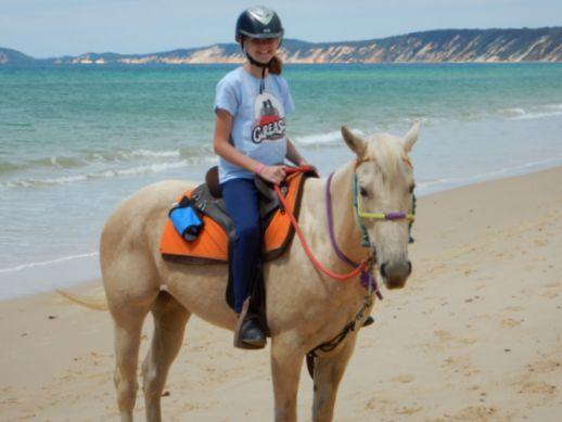 rainbow-beach-horse-ride-12